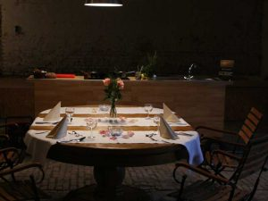 Candle Light Diner im alten Stall